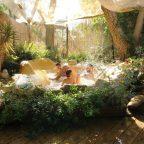 צימבר גב מים בחצר הצימר האפריקאי