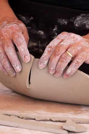 רותי ביסמוט סטודיו בר, קרמיקה בעבודת יד