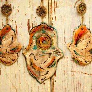 סטודיו בר, חמסה מקרמיקה בעבודת יד, דגם יונת השלום